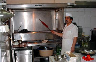 Hatam Al Taei Restaurant - 04.jpg