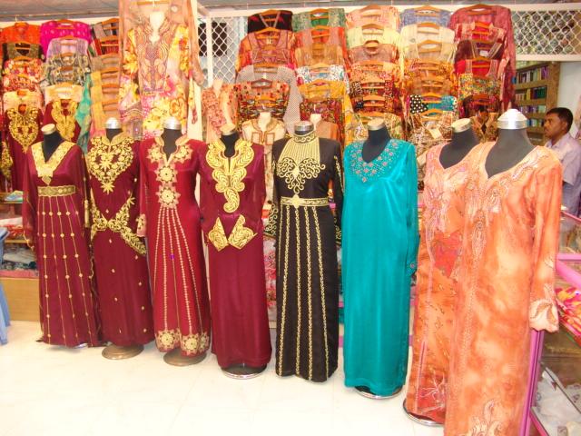 Al Faylak Tailoring & Emb. - DSC06945.JPG