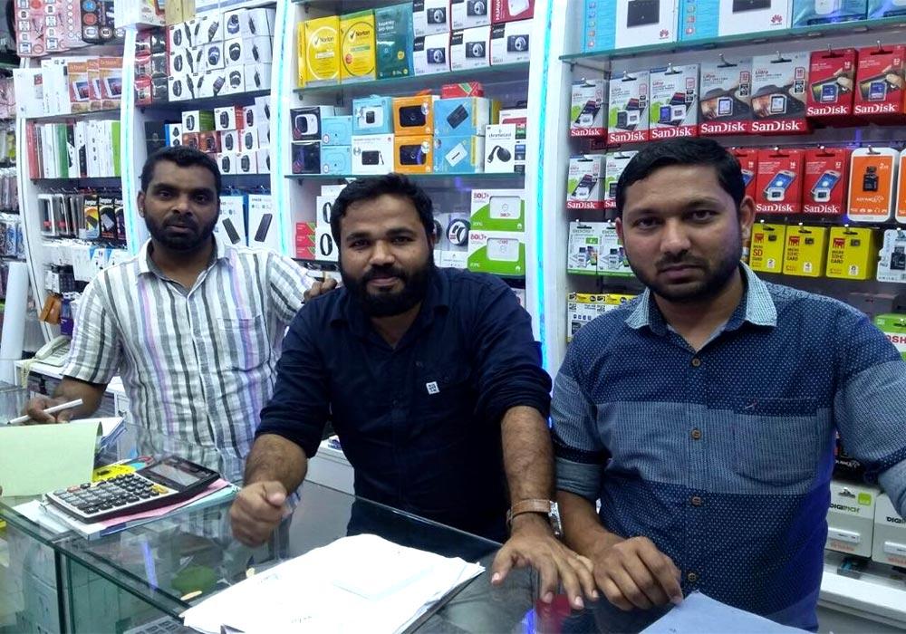 Al Madina Al khadraa Mobiles & Accessories Trd - 2.jpg
