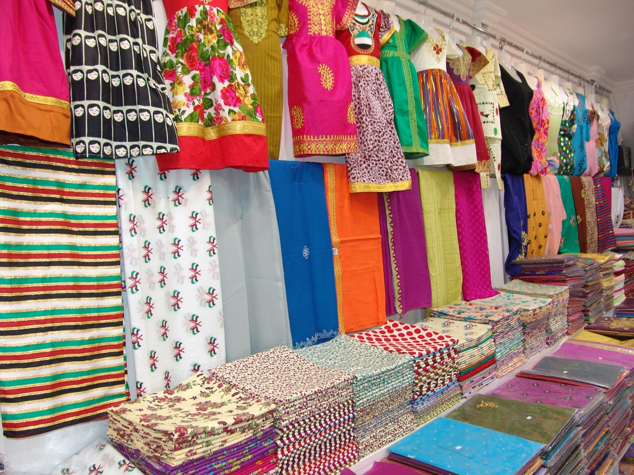 Wadi Al Ayoun Readymade Garments - 3.jpg