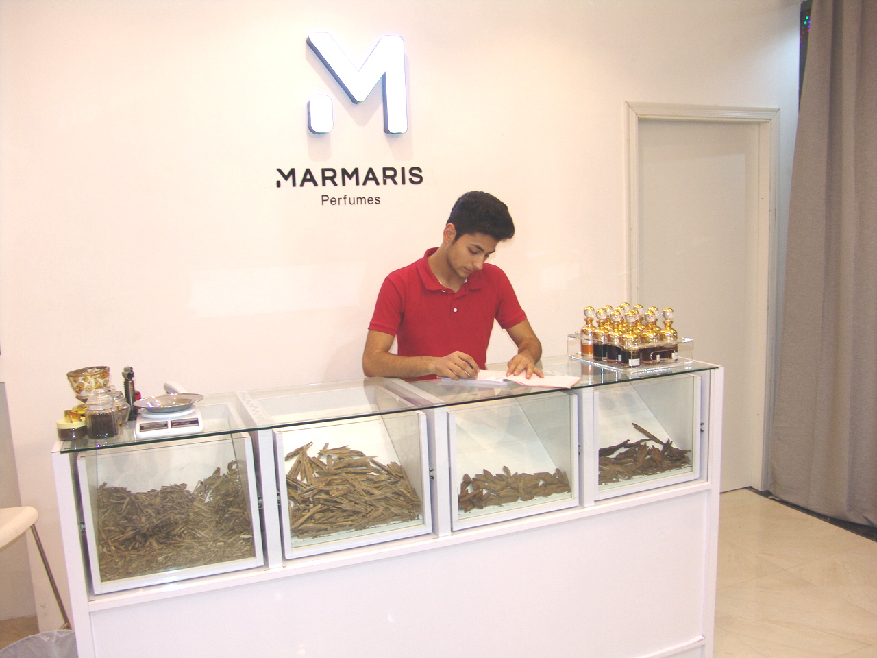 Marmaris Perfumes - DSC03991.jpg